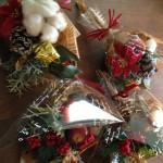 ポインセチアのクリスマスブーケ
