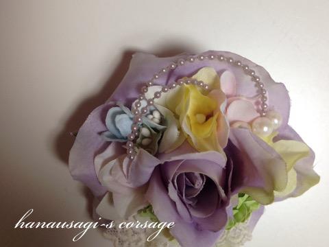 明るい色のコサージュ(ライトパープルローズと紫陽花)2