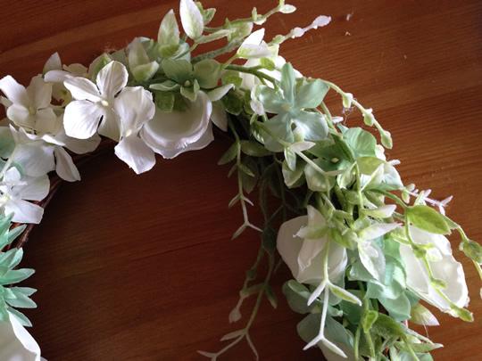 5.最初に切った花を隙間をうめるのにつかいます4