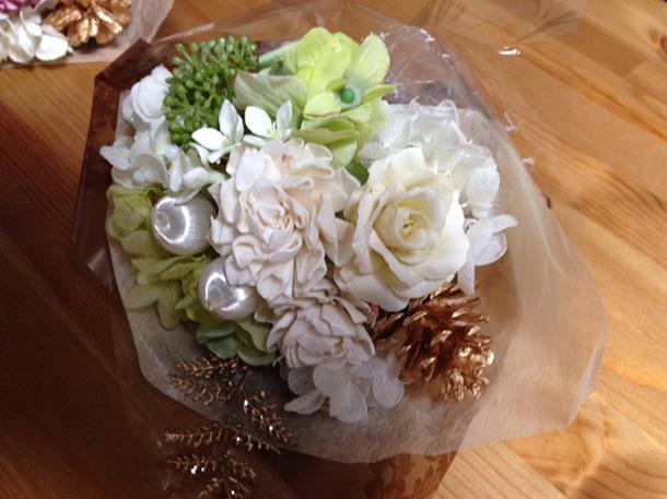 3種類の花束ホワイト