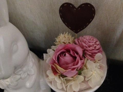 うさぎの花器を使ったフラワーアレンジメント2