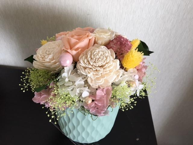 プリザーブドフラワーを使った仏壇のお供え,花
